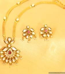 Kundan Meenakari Elegant Ruby Pendant Set