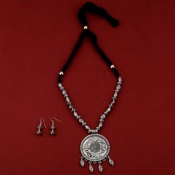Silver Oxidised Adjustable Attractive Pendant Mala Set For Women Girl