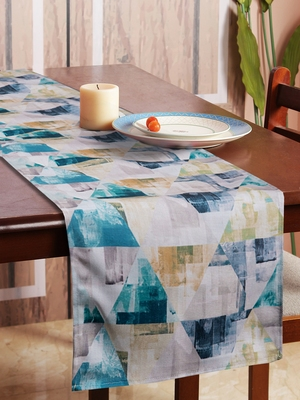 Houzzcode Abstract Triangles Printed Table Runner 30cm x 180cm