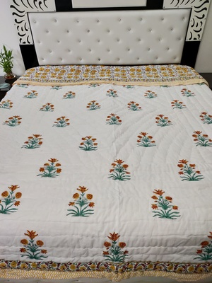 white cotton Handcrafted Jaipuri Razai (Quilt)