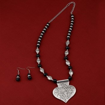 Adjustable Silver Plated With Black Pearl Pendant mala set for Women girl