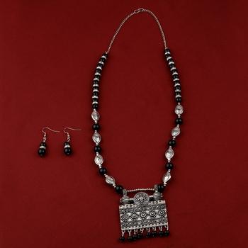 Adjustable Silver Oxidised Square Pendant Black Pearl Set For Women Girl