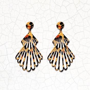 Attractive Handmade Wooden Light Weight Dangle Earrings for Girls and Women.