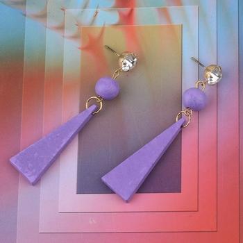 Designer Dangler Diamond Wooden Light Weight Earrings for Girls and Women.