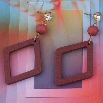 Antique Natural Diamond Wooden Dangler Earrings for Girls and Women.