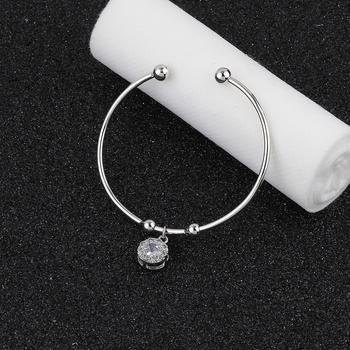 Party Wear Stylish Look Adjustable Bracelet With Diamond For Women Girls