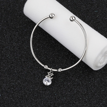 Attractive Party Wear Adjustable Bracelet With Diamond For Women Girls