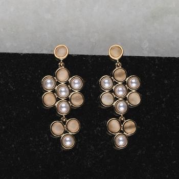 Fashion Delicated Patry Wear Pearl Earring For Women Girl