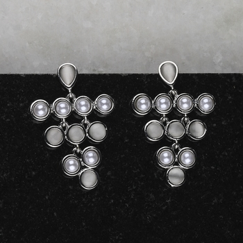 Charm Stylish Silver Pearl Earring For Women Girl