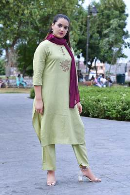 green Stylish Women Reyon Flax Heavy Block Printed kurta Palazzo set with Block print naznin Duppata