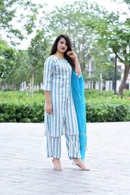 Green Stylish Women 3 piece Straight loom made Rayon Kurta pallazo set with Heavy Banarsi Duppata