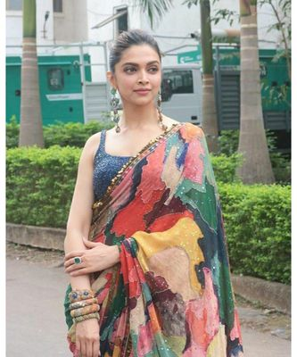 multicolor Digital printed georgette partywear Bollywood saree with blouse