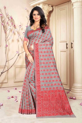 Red Woven Kanjivaram Silk Saree With Blouse