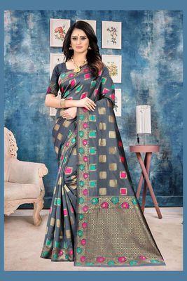 Grey Woven Kanjivaram Silk Saree With Blouse