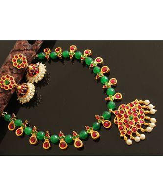 Beautiful Handmade Green Kemp Designer Necklace Set