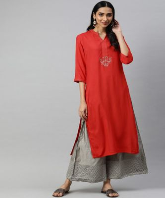 Women Red Solid Straight Rayon Kurta