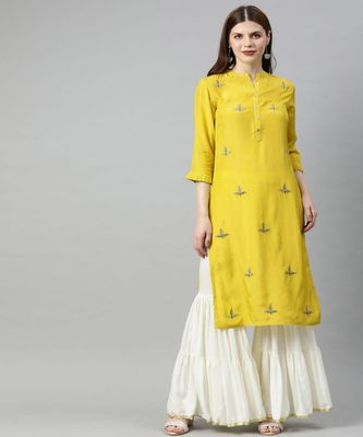Women Green Solid Straight Viscose Musline Kurta