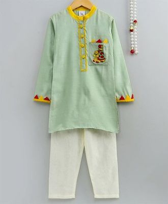 Chanderi Silk Embroidered Kurta With Applique Work