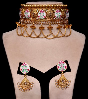 Gold Plated Kundan and Meenakari Worked Designer Choker 317FNN165