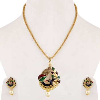 Gold Plated Stylish Party Wear Peacock Shape Pendant Set For women girl