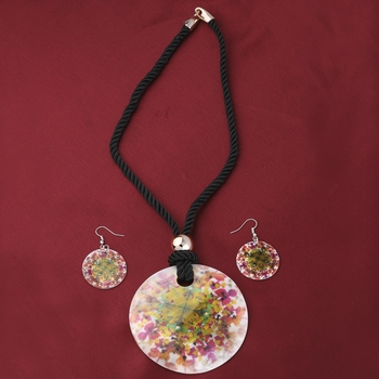 Fancy Party Wear Different Designe Round Pendant Set For Women Girl