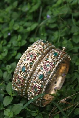 Red Green Gold Plated Jadau Bangle