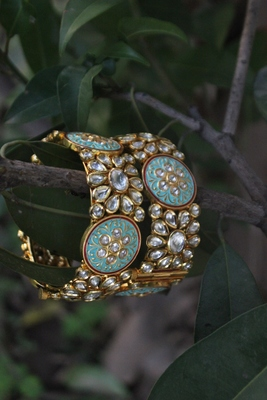 Blue Meenakari Gold Tone Kundan Inspired Bangle