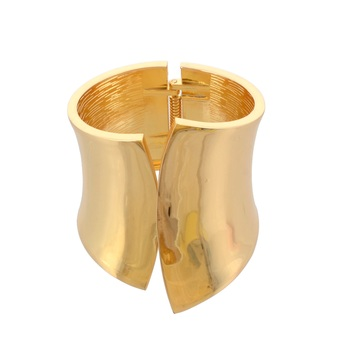 traditional gold plated operable bracelet for women