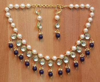Royal EthnicIndian Party Bridal Beautiful ChokarPearl Kundan Drop necklaceset