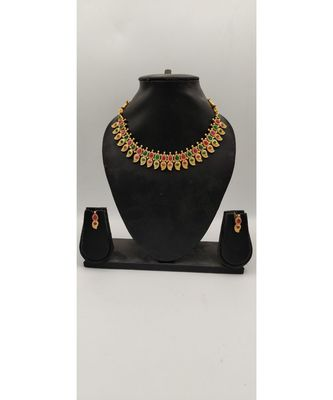 Multicolor necklace sets