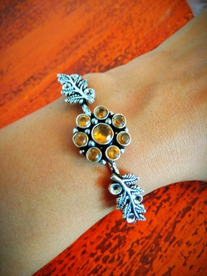 Binnis's german Silver amber kundan bracelet