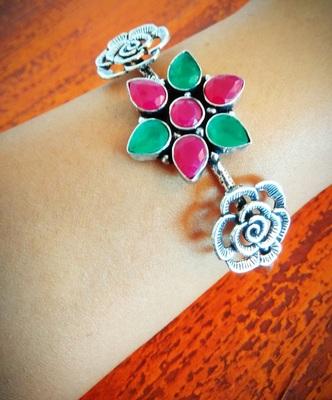 Multicolored floral bracelet