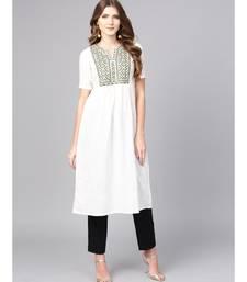 Women White Embroidred A-Line Cotton Slub Kurta