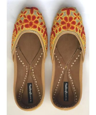 Multicolor Women Handcrafted Leather Footwear/ Juttis / Mojaris/ Khussa with Embroidery