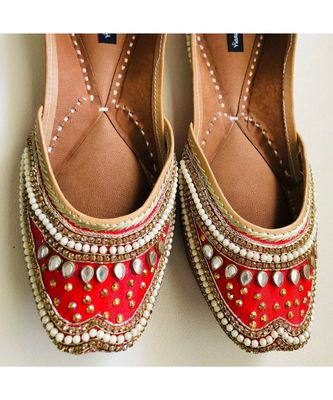 Red Embellished Wedding Shoes, Beaded Bridal Footwear,Ethnic Indian Shoes juttis