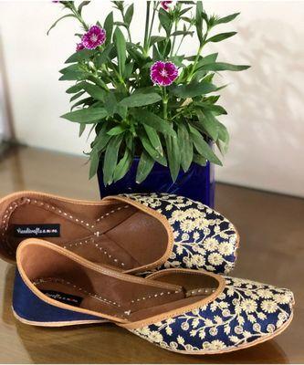 Blue Bridal Shoes, Blue Ballet Shoes, Blue Wedding Shoes, Embroidered Juttis, Indian Shoes Mojaris/Jutti/ Khussa
