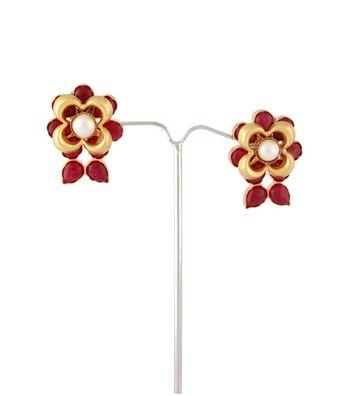 Sihiri Pearly Flower Earrings 2