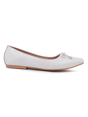 Trends & Trades Women's White Flats Pointed Toe Casual Shoes