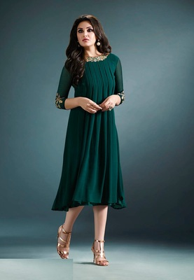 Green Georgette Party Wear / Casual Wear Kurti