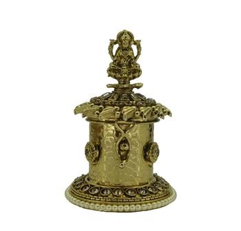 Gold cubic zirconia jewellery-box