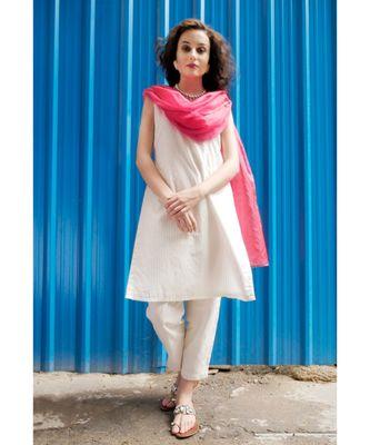 Ecru Cotton Lurex Stripe Sleeveless Kurti pant set with Fuschia Dupatta