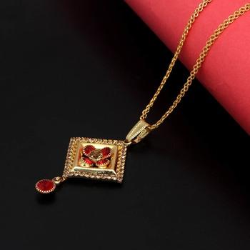Red pendants