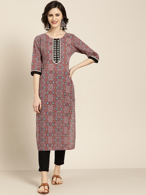 Women's Maroon embroidered printed straight kurta with black solid pant