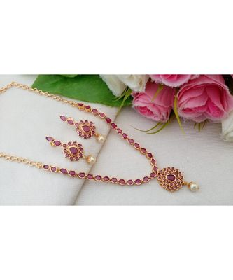 Lovely Gold Tone Designer Necklace with Ruby Stones with a pair of Matching Ear Rings