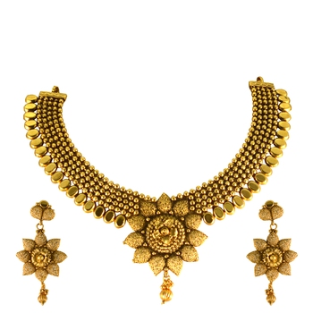 Gold sapphire necklace-sets