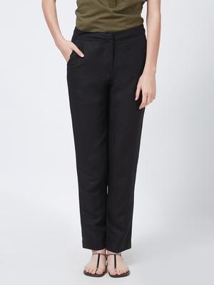 Black printed linen bottoms