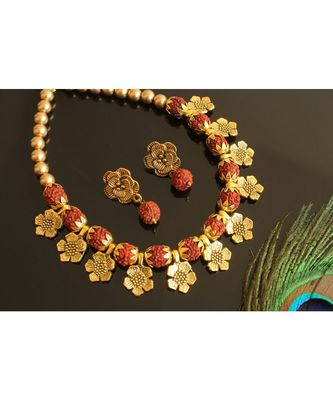BEAUTIFUL GOLD TONE BROWN RUDHRA BALL NECKLACE SET DJ28233