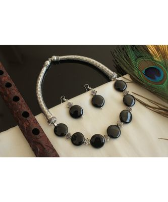 Beautiful Silver Tone Black Olax Bead Necklace Set