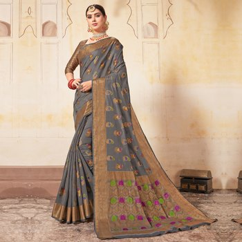 Grey woven Cotton Blend saree with blouse