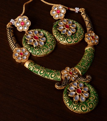 Kundan Embellished Green Meenakari Worked Designer Necklace 317FNN171